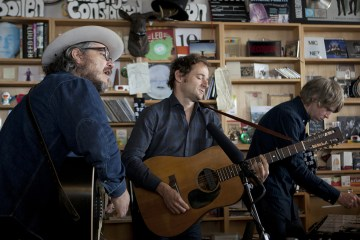 Escucha la re edición de 'Being There' de Wilco. Cusica Plus.