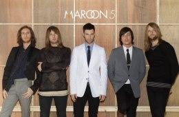 Adam Levine trata de salvar una relación en el nuevo video de Maroon 5. Cusica Plus.