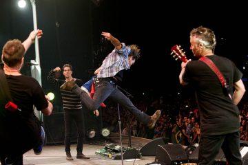 """Pearl Jam interpreta """"Come Back"""" como tributo a Chris Cornell. Cusica Plus."""