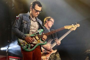 Weezer comparte su propia interpretación de Rosanna de Toto. Cusica Plus.