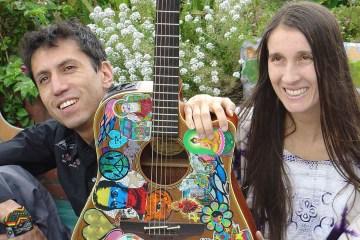 Aterciopelados defiende su identidad en su nuevo disco 'Claroscura'. Cusica Plus.