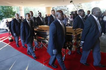 Familia de Aretha Franklin declaró su disgusto a las palabras de Jasper Williams Jr. en el funeral. Cusica Plus.