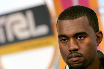Kanye West hará lo posible por ganar un Grammy a la mejor canción de rock. Cusica Plus.