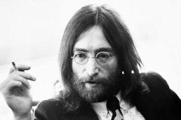 "Lanzaron un nuevo lyric video de ""Gimme Some Truth"" de John Lennon. Cusica Plus"