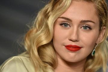 Miley Cyrus afirma que está grabando un episodio de 'Black Mirror'. Cusica Plus.