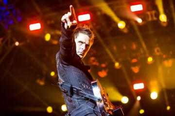 Muse comparte lista de reproducción videos de todos los temas de su nuevo disco. Cusica Plus