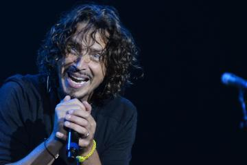 Ya puedes escuchar el disco póstumo de Chris Cornell. Cusica Plus.