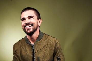 "Juanes suena a vallenato en su nuevo tema con Lalo Ebratt ""La Plata"". Cusica Plus."