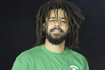 "J. Cole comparte videoclip de su más reciente tema ""Middle Child"". Cusica Plus."