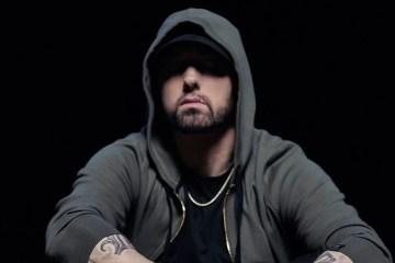 """Por primera vez, el Centro Nacional de Seguridad Cibernética (NCSC), ha realizado una encuesta cibernética en el Reino Unido junto al Departamento Digital de Medios y Deportes (DCMS), donde revelan que los los nombres de superhéroes, personajes de ficción, bandas y músicos, son los más usados para contraseñas. Según información extraída de la encuesta, los nombres de músicos más comunes son Blink-182 (285.706), 50 Cent (191.153), Metallica (167.983) Eminem (140.841) y Slipknot (140.833). Por otro lado, cuando se trata de personajes ficticios, la lista la lidera Superman (333.139), Naruto (242.749), Tigger (237.290), Pokemon (226.947) y Batman (203.116). Por último, otras frases y/o número comunes son """"1234567"""", Qwerty, Password, Password123, iloveyou y abc123. Además, se dio a conocer que el 42% de los británicos han sufrido fraude cibernético, luego de que se les descifró su contraseña, por lo que esto es una alarma a los ciudadanos, para tener más cuidado cuando de contraseñas se trata. Cusica Plus."""