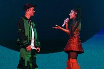 """Justin Bieber se unió a Ariana Grande en el Coachella para cantar """"Sorry"""". Cusica Plus."""