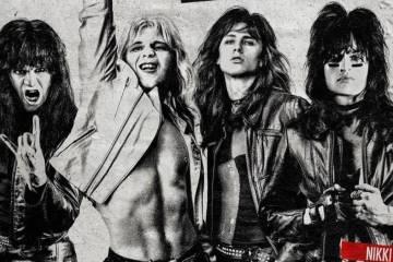 """Mötley Crüe se posiciona de nuevo en el top 10 de Billboard por """"The Dirt"""". Cusica Plus."""