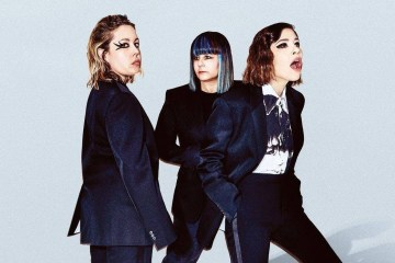 "Sleater Kinney comparte su primer sencillo con la producción de St Vincent: ""Hurry On Home"". Cusica Plus."