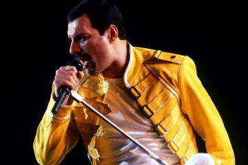 "Publican nueva grabación de Freddie Mercury: ""Time Waits For Nobody"". Cusica Plus."