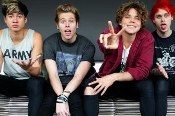 5 Seconds of Summer anuncia nuevo disco y estrena tema. Cusica Plus.