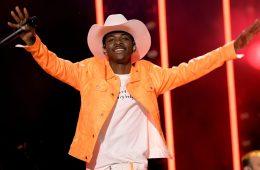 Lil Nas X niega haberse copiado de otros músicos para su tema 'Rodeo'. Cusica Plus.