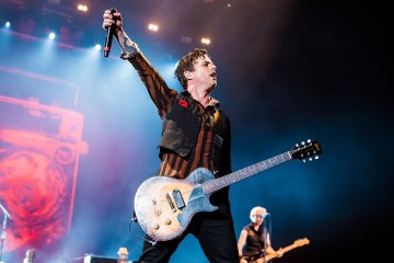 Billie Joe Armstrong de Green Day, compartió cover de 'That Thing You Do!' Cusica Plus.
