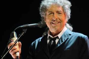 Escucha 'I Contain Multitudes' el nuevo tema de Bob Dylan. Cusica Plus.