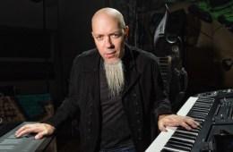 Jordan Rudess, tecladista de Dream Theater, comparte jamming con Jorge Glem. Cusica Plus.