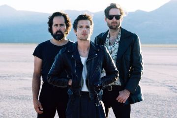 The Killers estrena su nuevo tema Fire in Bone. Cusica Plus.