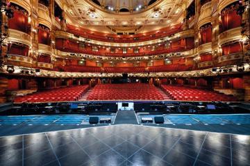 Conciertos en teatros de Inglaterra, se retomarán en Agosto. Cusica Plus.