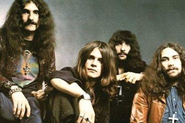 Black Sabbath lanza una nueva línea de zapatos personalizados. Cusica Plus.