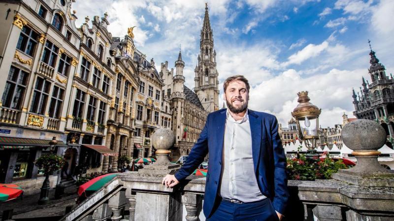 Fabian Maingain espère profiter d'une vague amarante pour hisser son parti dans la majorité.