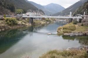飛騨川と白川の合流地点