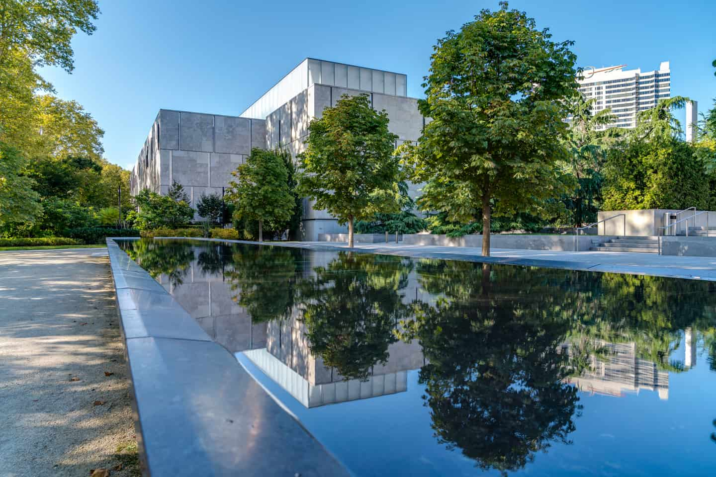 Photo of Philadelphia Landmark - The Barnes Foundation Museum