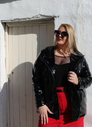Jacket μεγάλα μεγέθη vinyl μαύρο με λοξό φερμουάρ