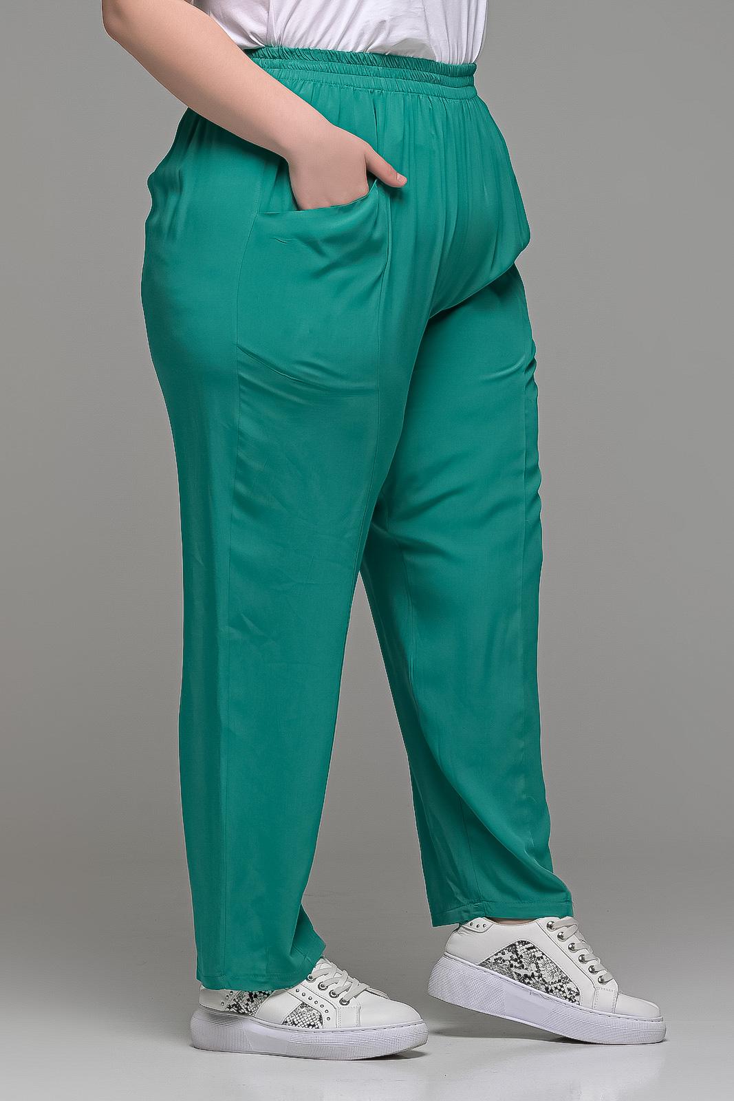 Παντελόνι ανάλαφρο βιέλα βεραμάν με τσέπες και λάστιχο στη μέση