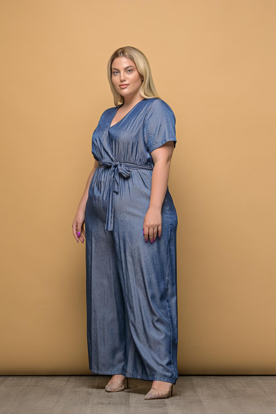 Ολόσωμη φόρμα κρουαζέ τζιν με ζωνάκι