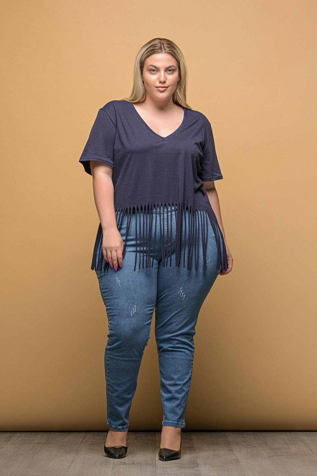 Τζιν +Psx μεγάλα μεγέθη ανοιχτόχρωμο με λάστιχο στη μέση και μικροεκδορ.Στο eshop μας θα βρείτε οικονομικά γυναίκεια ρούχα σε μεγάλα μεγέθη και υπερμεγέθη.