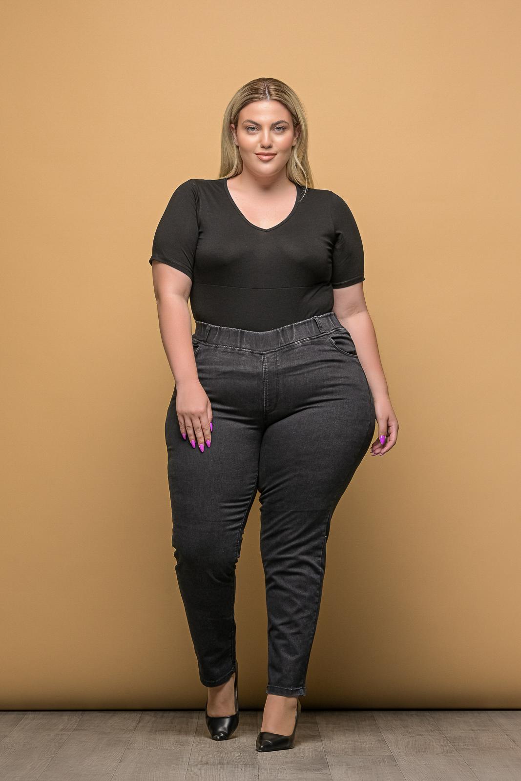 Τζιν +Psx μεγάλα μεγέθη ελαστικό μαύρο με λάστιχο στη μέση .Στο eshop μας θα βρείτε οικονομικά γυναίκεια ρούχα σε μεγάλα μεγέθη και υπερμεγέθη.