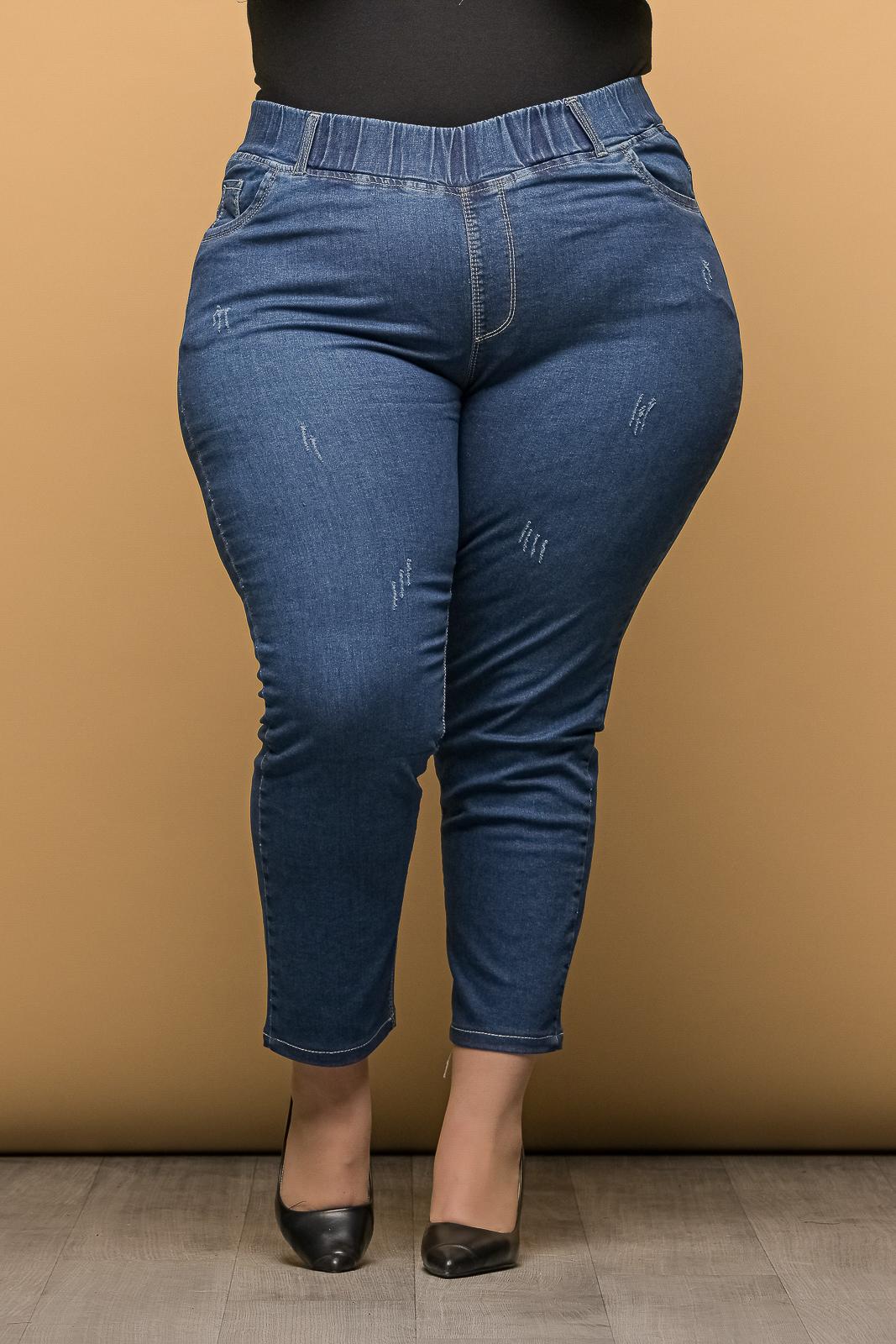 Τζιν +Psx μεγάλα μεγέθη μπλε με λάστιχο στη μέση και μικροεκδορ.Στο eshop μας θα βρείτε οικονομικά γυναίκεια ρούχα σε μεγάλα μεγέθη και υπερμεγέθη.