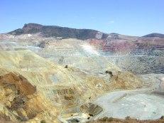Chino_copper_mine