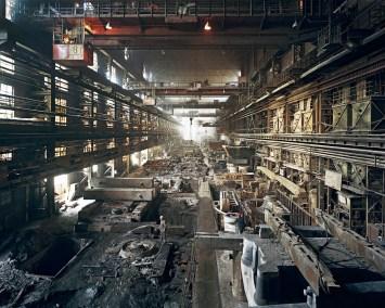 manufactured-landscapes-18