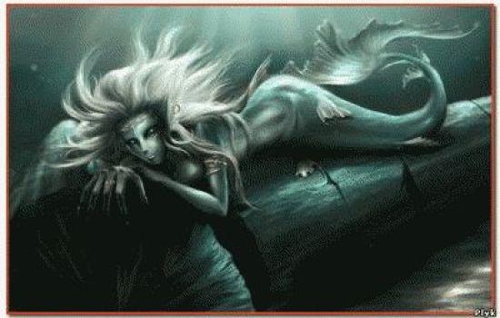 Новые мистические истории о русалках, которые на пали на судно. История рассказывает о страшных людях, которые выскакивали из воды.
