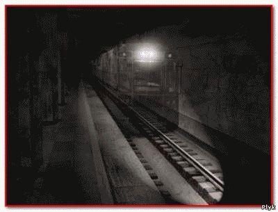 в поездах метро часто происходят невероятные случаи