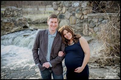 Novi Michigan Maternity Photographer Photos by Miss Ann