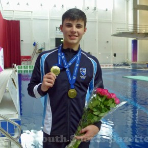 Plymouth diver Dixon thrilled at smashing his PB to become British platform champion