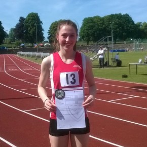 In-form City of Plymouth athlete Bee re-writes more records