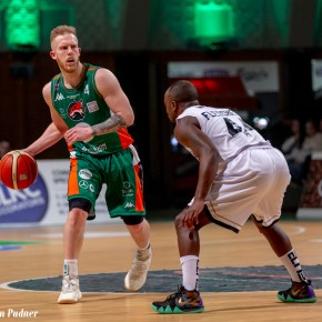 Club captain Wilcher leaves Plymouth Raiders for family reasons
