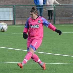Kyle hangs up the gloves leaving Argyle Ladies looking for a new goalkeeper