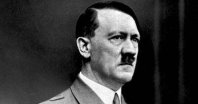 Adolf Hitler. Strůjce světové války a židovské genocidy se narodil před sto třiceti lety