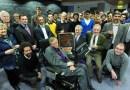 Jak Stephen Hawking pořádal party, na kterou nikdo nepřišel