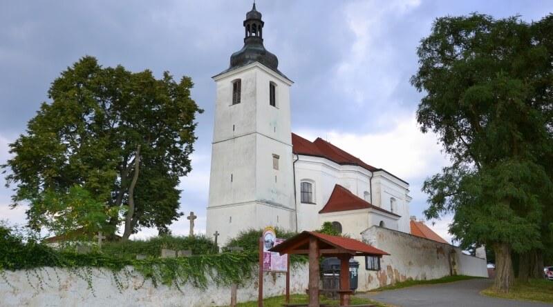 prusiny kostel