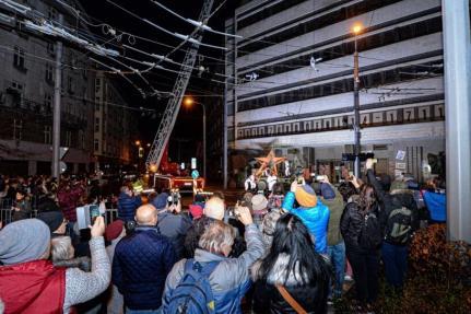 Odstraňování rudé hvězdy v Plzni