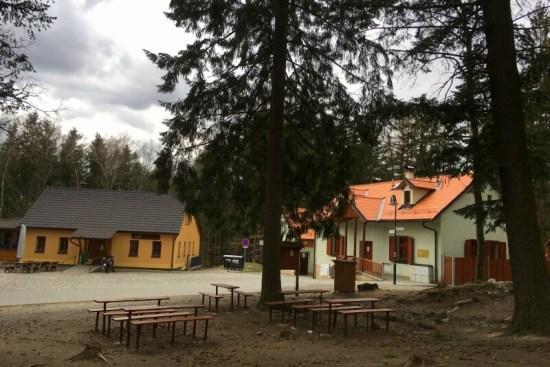 Restaurace aCentrum služeb pro turisty