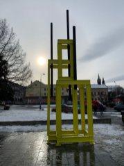 Instalace věže pro Jana Palacha v Klatovech
